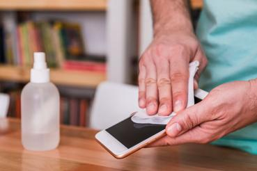 sanitizing a smart phone